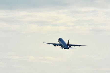 Flugzeug-Start_(10583840103)